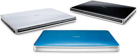 Nokia-Booklet-3G-laptop-2